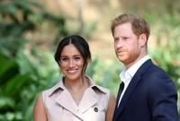 """وقال الزوجان إن العائلة المالكة """"عزلت الأمير هاري فعلياً مالياً، ولهذا السبب أبرما صفقات مع نتفليكس وسبوتيفاي حتى يتمكنا من تحمل تكاليف أمنهما"""