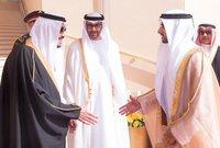 درس محمد بن زايد تعليمه النظامي في الإمارات العربية المتحدة ثم المملكة المتحدة وتخرج من أكاديمية ساندهيرست العسكرية الملكية عام 1979
