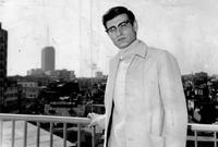 اعتقلته قوات الاحتلال الصهيوني 5 مراتٍ بتهمة القيام بنشاطٍ معادٍ لدولة إسرائيل بسبب آرائه السياسية ؛ أولها عام 1961 ثم 65 و66 و67 و69،وفُرضت عليه الإقامة الجبرية حتى عام 1970