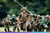 وتأتي الهند في المركز الرابع وتمتلك قوى متوازنة بين عدد المتواجدين الفعلي بالجيش والموجودين على قوة الاحتياط بما يوازي مليون و 445 ألف جندي موجود بالجيش و مليون و 155 ألف احتياطي
