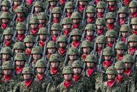 أما اليابان تأتي في المركز الخامس بقوة عددية تصل لـ ربع مليون مقاتل وقوى احتياطية قليلة وتصل لـ 55 ألف