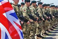 ويمتلك الجيش البريطاني 195 ألف جندي فعلي و 80 ألف جندي احتياطي