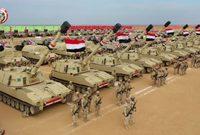 وتمتلك مصر 11 ألف مدرعة حربية وما يقارب ٤ ألاف دبابة ببينما تمتلك ألف قطعة جوية مختلفة