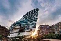 برج نادي الفروسية بهونج كونج