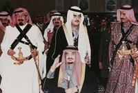 كان الابن الأكثر دلالًا في طفولته للملك فهد