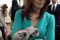 """وتم اتهام رئيس الوزراء الإيطالي بتقديم رشاوي إلى بعض النساء اللائي حضرن حفلات الـ """"بونجا بونجا"""" لمنعهن من الإدلاء بشهادتهن"""