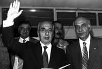 اغتيل يوم عيد الاستقلال في 22 نوفمبر 1989بعد خروجه من القصر الحكومي المؤقت في منطقة الصنائع