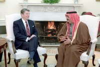 لقاء الرئيس الأمريكي رونالد ريغان مع الملك فهد بالبيت الأبيض عام 1985