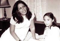 تربت يتيمة بعد فقدانها لوالدها وعانت من قسوة أمها عليها