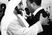 الشيخ زايد والرئيس المصري الراحل أنور السادات