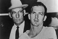 """كان """"لى هارفى"""" يبلغ من العمرة 24 عام عندما قتل الأمريكي الأمريكى جون كينيدي"""