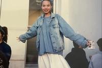 فشلت أنجيلنا جولي في بداية حياتها عندما كانت في سن المراهقة حيث لم تنجح كعارضة أزياء وكذلك في مجال التمثيل