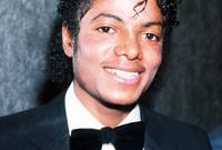 تمكن مايكل جاكسون بحفر اسمه في سجلات الفن والغناء ليس لأمريكا فقط ولكنه على مختلف بلدان العالم بسبب قدراته الغنائية الرائعة وكذلك ابتكاره رقصات جديدة أبهرت جميع متابعيه