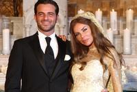 تزوجا في بيروت في حفل عائلي بسيط مع حضور عدد بسيط من الوسط الفني والإعلامي من المقربين للزوجين