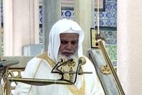 تولى الشيخ الحذيفي إمام وخطيب للمسجد النبوي منذ عام 1399هـ وحتى عام 1401 و إمام وخطيب المسجد الحرام في مكة المكرمة في عام 1401هـ؛ إمام وخطيب للمسجد النبوي منذ عام 1402هـ حتى الآن