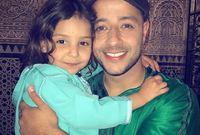 """تزوج من فتاة مغربية تُدعى """"عائشة""""  وأنجب منها ثلاثة أبناء هم """"عبد الله وآية وياسمين"""""""