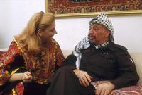 كان دوما ما يعلن ياسر عرفات، أنه لن يتزوج، فزواجه أصبح من القضية الفلسطينية، ولكن يبدو أن ظهور سهى غيّر ما كان يخطط له