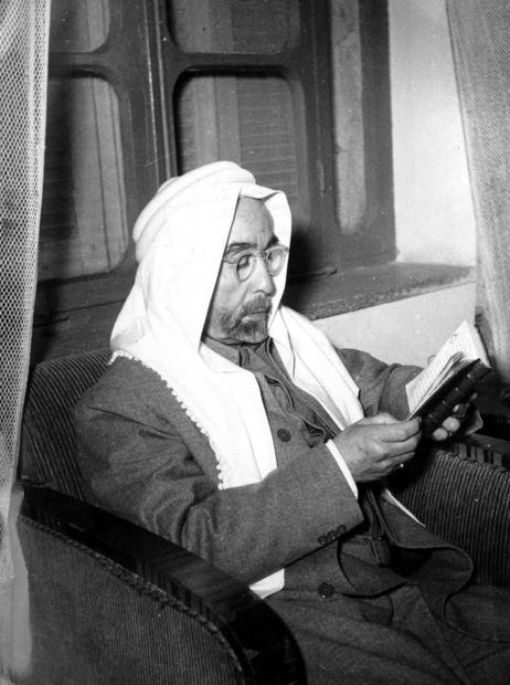 الملك عبدالله الأول، مؤسس المملكة الأردنية الهاشمية، ولد عام 1882 لملك الحجاز الشريف الحسين بن علي، وكان هو ابنه الثاني