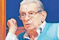 توفى يوسف شاهين عام 2008 عن عمر يناهز 82 عام إثر نزيف في المخ دخل بسببه في غيبوبة دامت لأكثر من 6 أسابيع