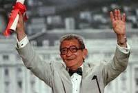 وفي 1997، حصل على جائزة اليوبيل الذهبي من مهرجان كان عن مجمل أعماله