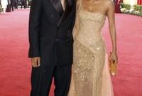 وتزوجت بعدها من المغني والمؤلف اريك بينيت ولكن انتهت هذه الزيجة أيضا بالطلاق