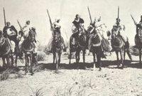 بدأ رحلته جهاده الكُبرى ضد القوات الإيطالية بعد إعلانها الحرب على الدولة العثمانية، وسيطرتها على مناطق في ليبيا ليلتحق أولًا بالجيش العثماني للقتال معه