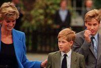 وتوفيت والدته الأميرة ديانا في حادثة عندما كان عمره 12 عاما