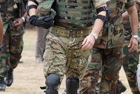 الأمير هاري هو أول عضو من الأسرة المالكة البريطانية يرسل إلى منطقة قتالية منذ أكثر من ربع قرن