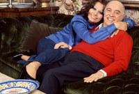 صور تجمعها بزوجها المنتج كارل بونتي وأحد أبنائها