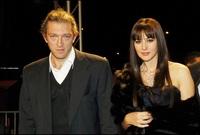 التقت بالفرنسي فينسينت كاسيل في فيلم The Apartment الذي تم عرضه عام 1996 لتنشأ بينهما قصة حب كبيرة وتتزوج منه عام 1999