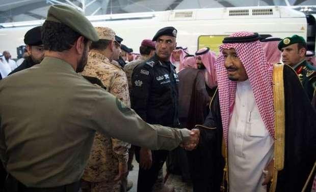 قام خادم الحرمين الشريفين الملك سلمان بن عبدالعزيز آل سعود بتدشين مشروع قطار الحرمين السريع أمس