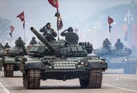 كما يعد الجيش  الروسي رائدًا في صناعة أنواع مختلفة من الدبابات تعد من بين الأكثر قوة وتسليحًا في العالم