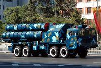 كما يمتلك أنظمة دفاع جوي قوية للغاية تعتمد كثيرًا على التكنولوجيا الروسية الرائدة