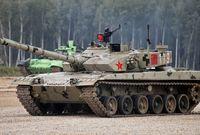 وتعتمد الصين على إنتاج ترسانتها البرية بنفسها حيث تنتج عدد متنوع من الدبابات القوية وأسلحة المدفعية باستخدام أحدث التكنولوجيا العسكرية