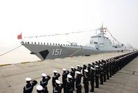 بجانب امتلاكها لأكبر قوات بحرية في العالم من حيث عدد العاملين بالإضافة لامتلاكها ترسانة بحرية فتاكة