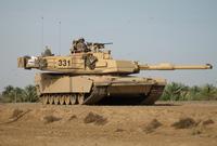 كما تمتلك أنظمة مدفعية ومدرعات حديثة أبرزها دبابات M1 Abrams ودبابات M60A3