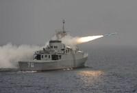 وتمتلك إيران أسطول بحري قوي للغاية يعد ضمن الأقوى في الشرق الأوسط بجانب امتلاكها عدد كبير من الغواصات الحربية