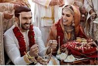 استمرت الإحتفالات بالزفاف على مدار يومين بعيد عن أعين الصحافة والإعلام وبحضور عدد من المقربيين والأصدقاء