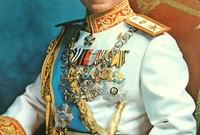 وفي عام 1926 تم إعلان محمد رضا بهلوي وليًا للعهد وتم إعلانه شاه على إيران عام 1941 ولُقب بشاهنشاه أي ملك الملوك