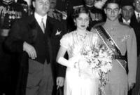 تم الزواج عام 1939 حيث تم عقد زفاف ضخم بالقاهرة ثم زفاف آخر أضخم في إيران 