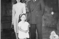 وفي عام 1941 تم تنصيب محمد رضا بهلوي كشاه إيران بعد عزل والده ليصبح لقب الأميرة فوزية رسميًا إمبراطورة إيران
