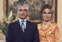 تزوج للمرة الثالثة من السيدة فرح ديبا عام 1959 