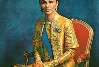 """وفي عام 1967 قام الشاه بتتويج فرح ديبا في احتفال أسطوري ومنحها لقب """"الشاهبانو"""" لتكون أول زوجة لإمبراطور فارسي تتوج هذا اللقب منذ الإمبراطورية الفارسية"""