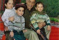 أنجب الملك الحسن الثاني خمسة أبناء هم الملك محمد السادس والأمير رشيد والأميرات للّا مريم وللّا أسماء وللّا حسناء