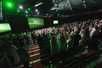افتتحت السعودية أول دار سينما منذ عقود في إبريل 2018
