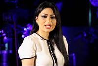تم إيقاف الإعلامية والمذيعة السعودية بسبب ارتدائها ملابس جريئة لا تناسب المجتمع السعودي خلال تغطيتها الأيام الأولى لقيادة المرأة السعودية للسيارة