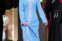 هي ثانية الترتيب في الأسرة بعد ولي العهد الأمير الحسين بن عبد الله الثاني، ولدت الأميرة في 27 سبتمبر 1996
