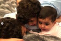 صور لأولاده
