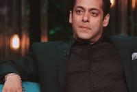 حققت أفلامه نجاحًا مبهرًا وحطمت الأرقام القياسية في الإيرادات، فهو أول ممثل كسرت 10 من أفلامه الـ Crore100 وأكثر في شباك التذاكر
