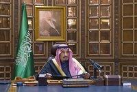ومشاركة النساء السعوديات لأول مرة في تاريخ الدولة في العملية الانتخابية وقطع العلاقات الدبلوماسية مع جمهورية إيران